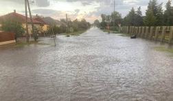 Állt a víz több borbányai utcán